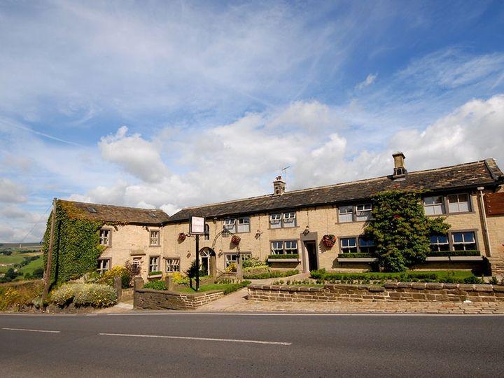 The Fleece Countryside Inn 1