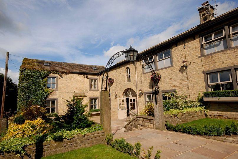 The Fleece Countryside Inn 82