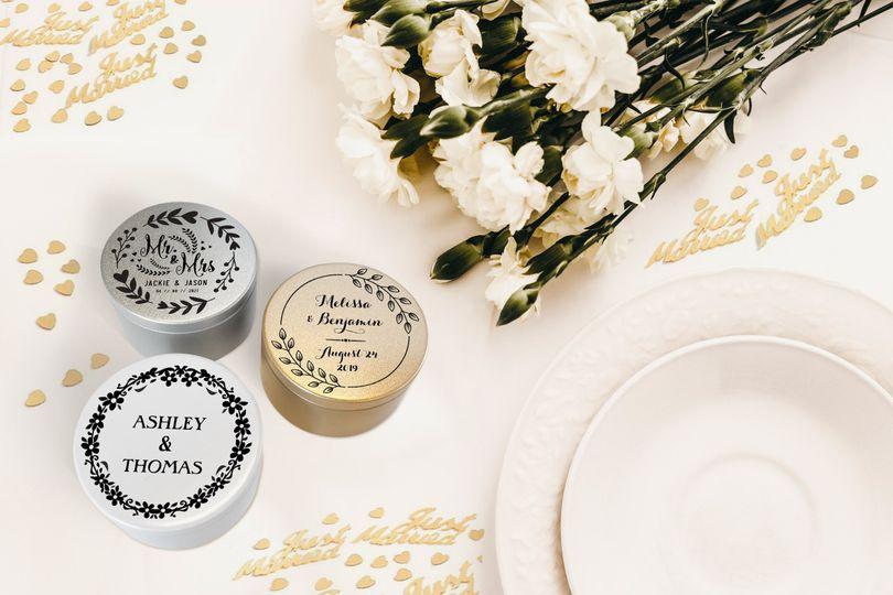 Engraved metallic tins