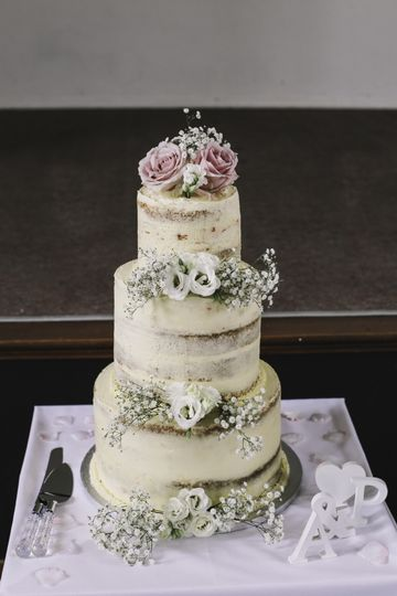 Three-tiered cake