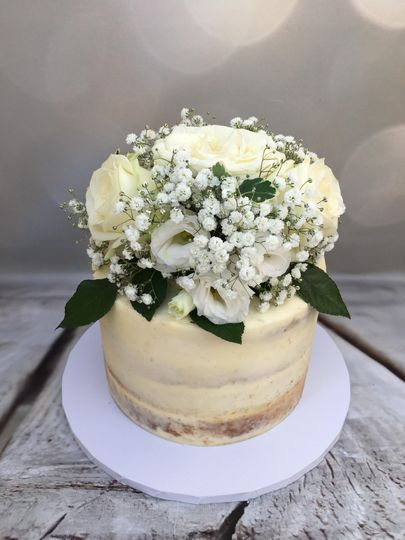 Semi-naked cake with a bouquet