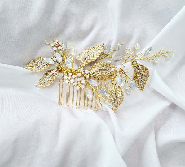 Vintage Gold Hair Comb