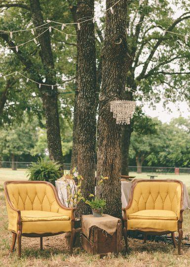 Lounge installations