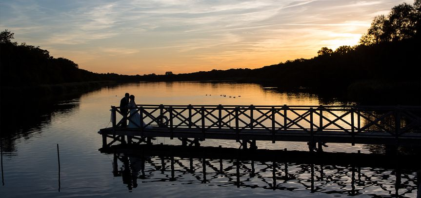 Bride & Groom at the Boathouse