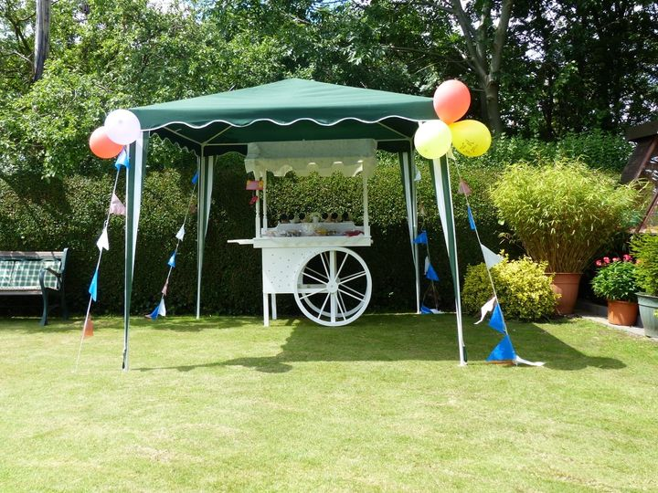 Sweets and Treats Thomas and Family Ltd - Mobile Bike Hire - Ice Cream / Prosecco / Pimms 12