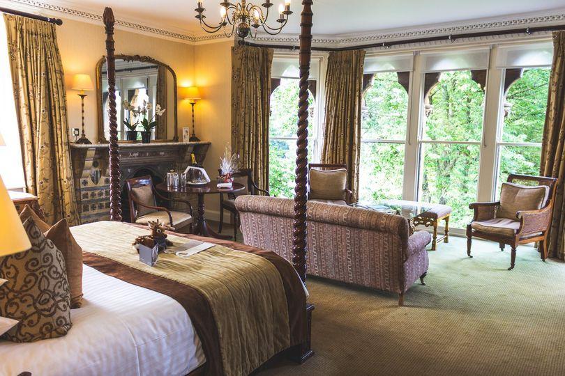 Deluxe double bedroom