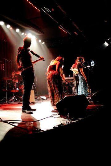 Live Lounge at La Claque