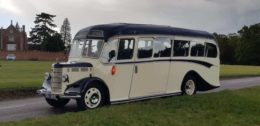 Vintage coach 27 seats (1947)