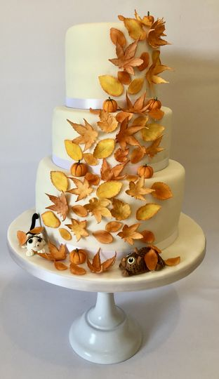Autumn Leaves 3 Tiered Cake