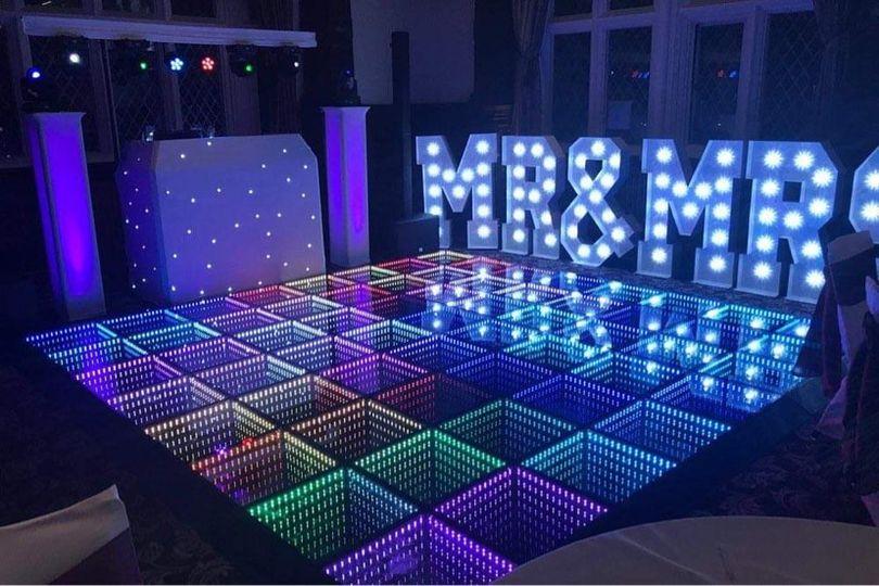 LED Mirror Dance Floor