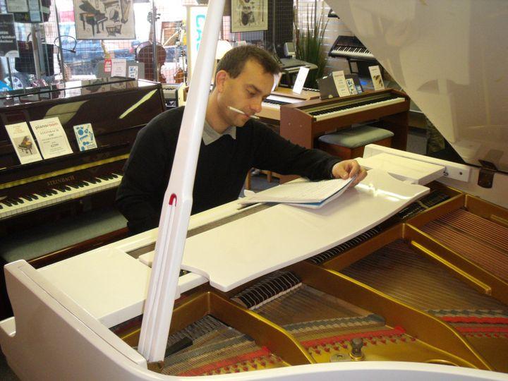 Piano demonstrating