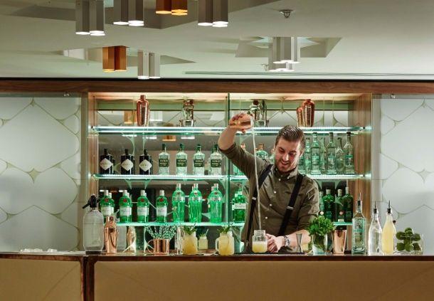 Lindbergh Lobby Bar