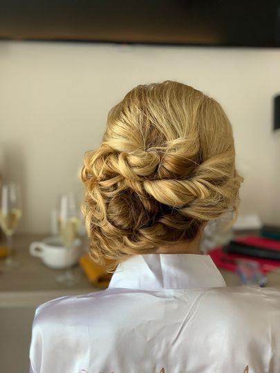 Beauty, Hair & Make Up Martine Turner Hair and Make-up 46