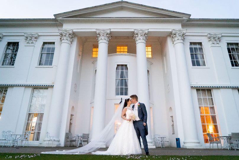 kk bride and groom outside hurlingham club 4 278417 162030829526446