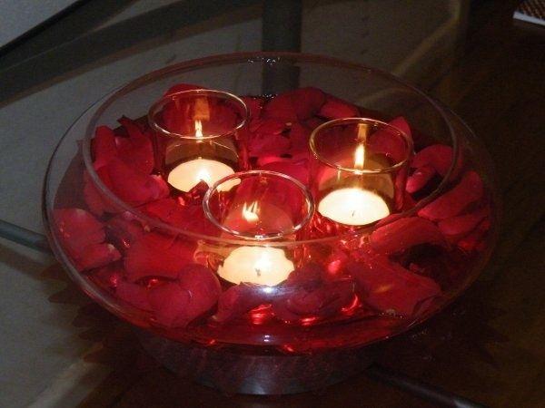 Floating rose petal centrpiece