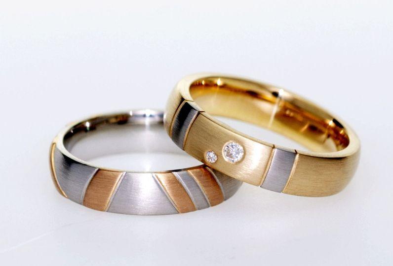 Custom made wedding rings