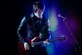 Matt James - Singer & Guitarist