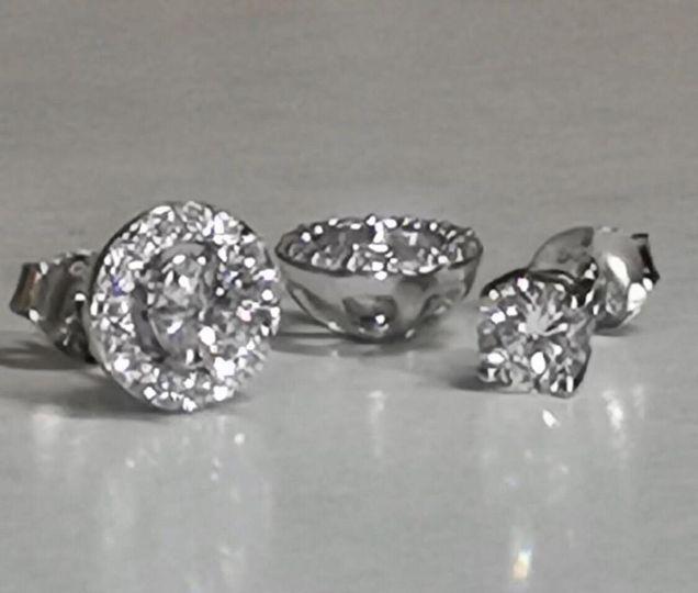 2-in-1 halo stud earrings