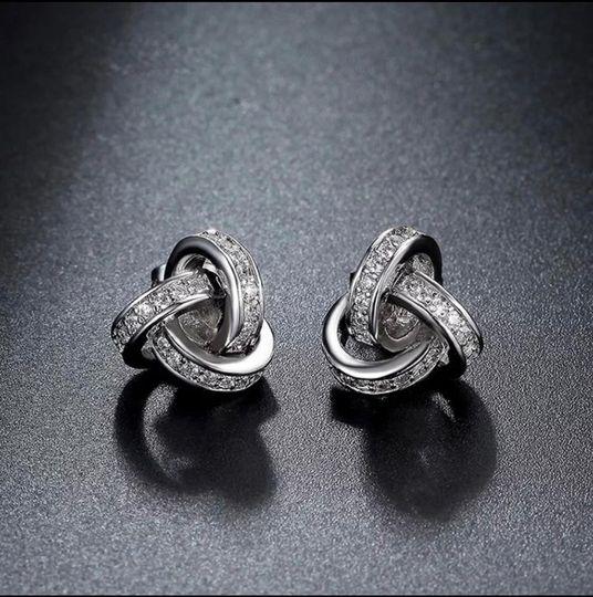 Atomic earrings