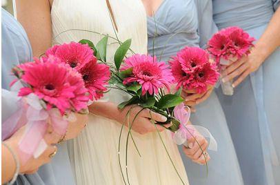 bridesmaids flowers 4 108494