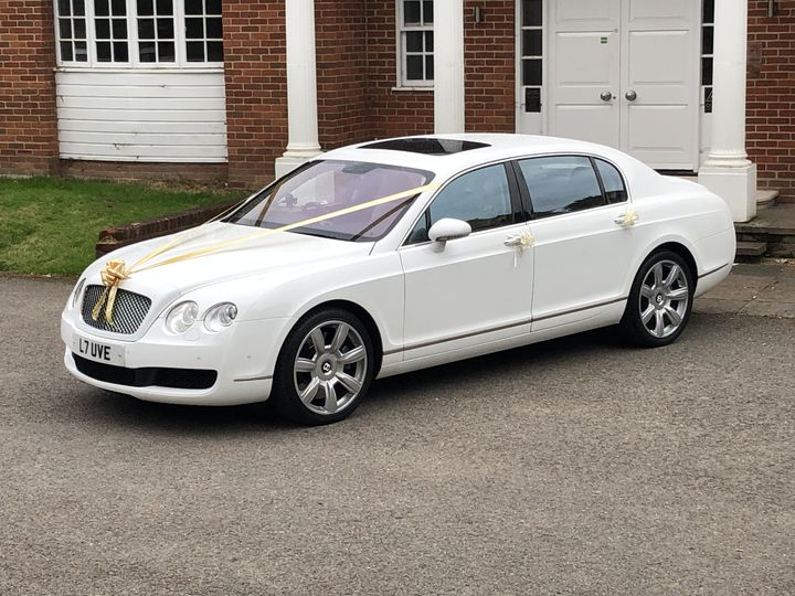 White Bentley flying Spur