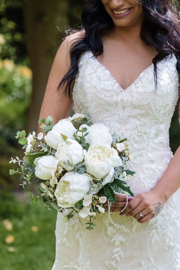 Ivory Cream Peony Gathered Handtied Artificial Wedding Bridal Flowers Bouquet