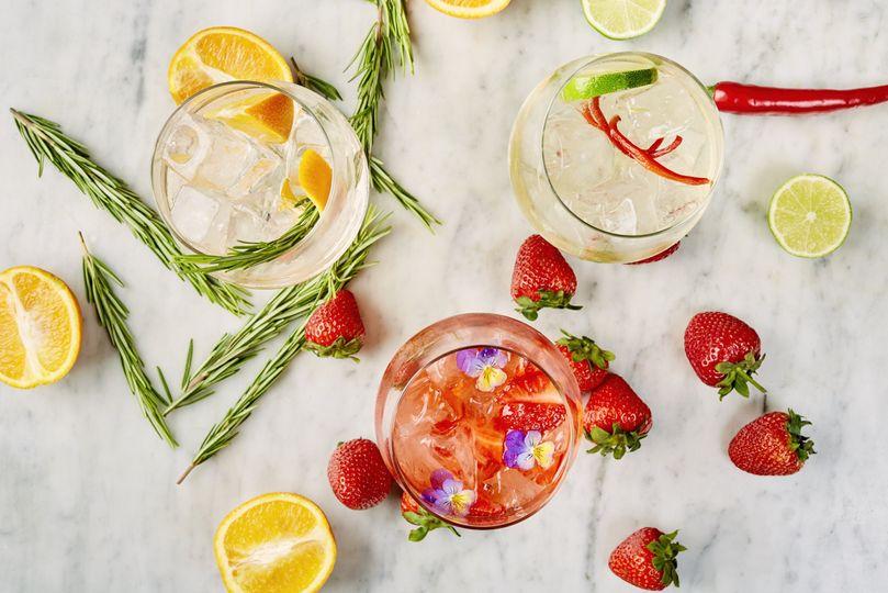 Gin Serves