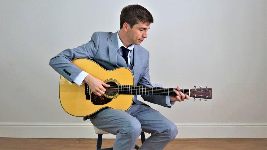 Music and DJs Darren Jones (Acoustic Wedding Singer) 10