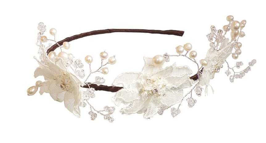 Floral 20Lace 20Tiara 20WT707 20RRP140 20crystabelle co uk