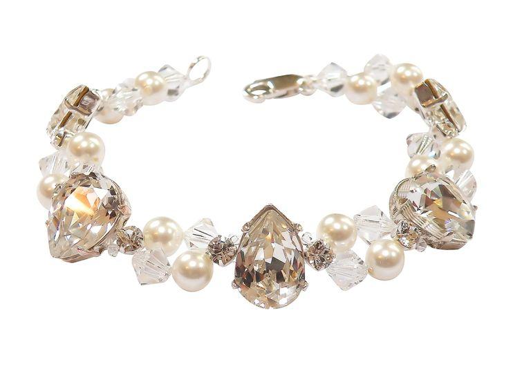 Pearl & Diamante Bracelet