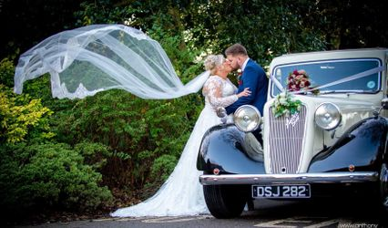 In Vogue Wedding Cars 1