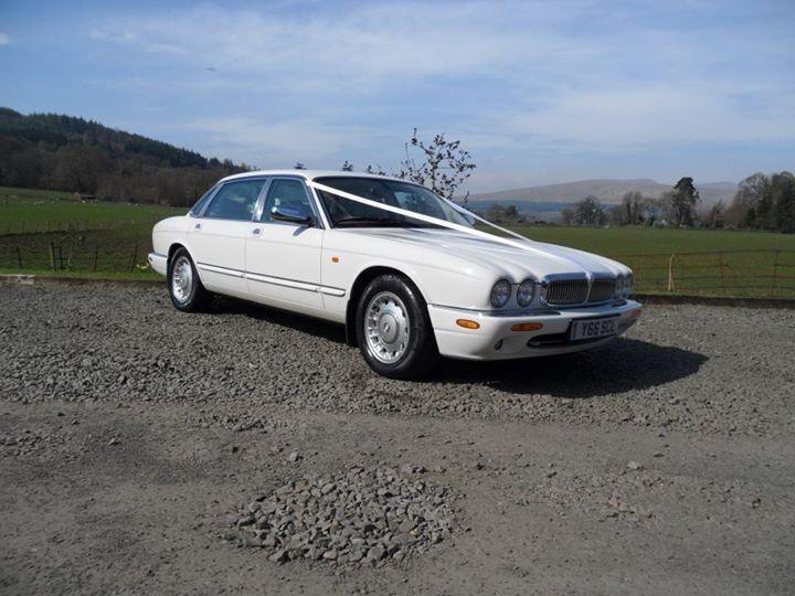 Onyx White Daimler lwb