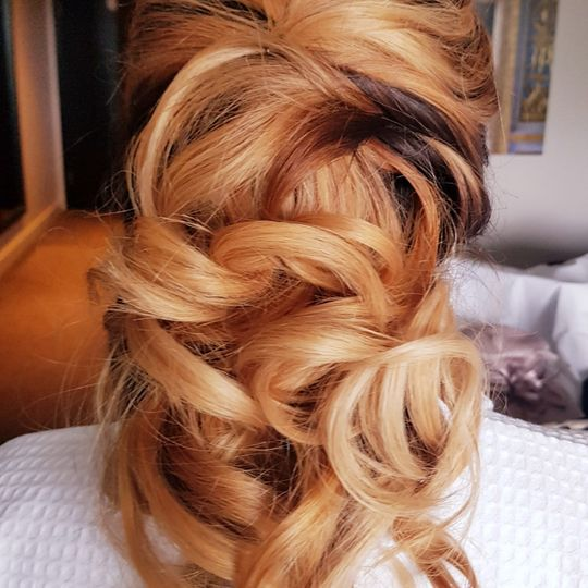 Simple twist back and curls