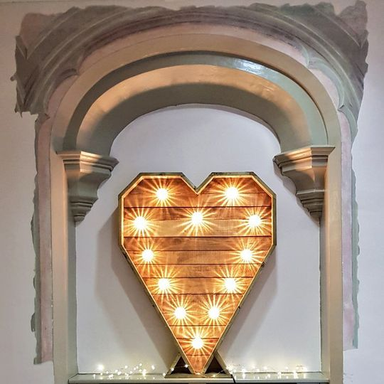 Rustic Light Up Heart