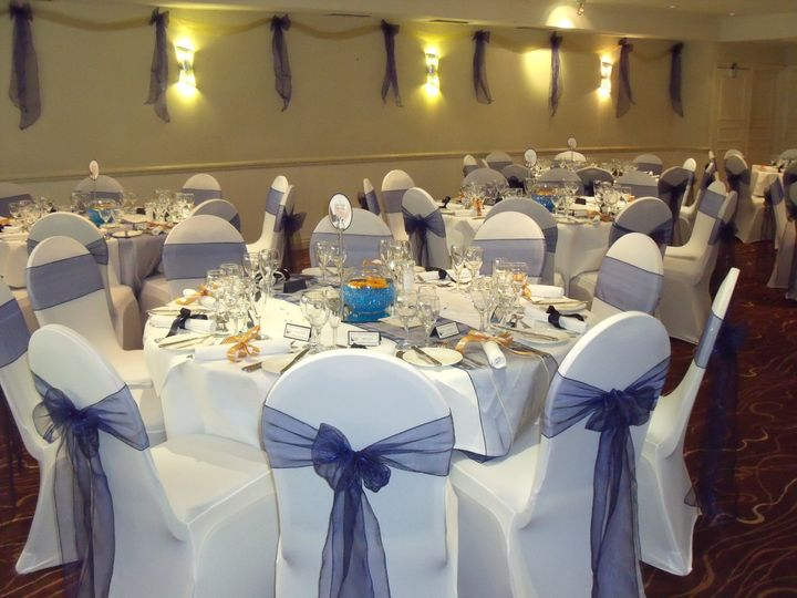Chair covers & centre pieces