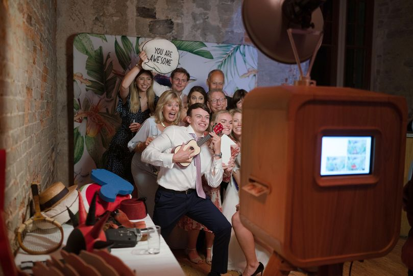 photo booths one booth 20191030043555261
