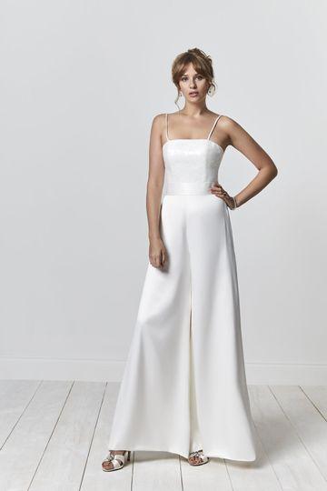 Bridalwear Shop Meryl Bridal Ltd 8