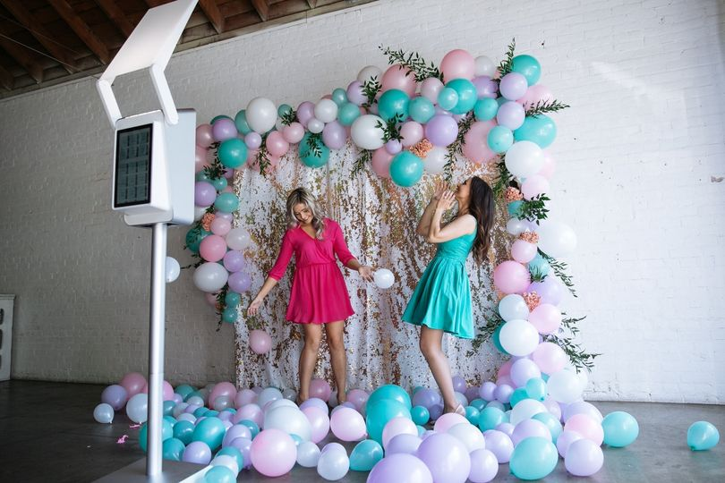 Balloon Garlands add wow