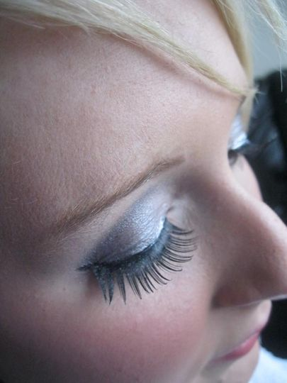 smokey teal and silver eye