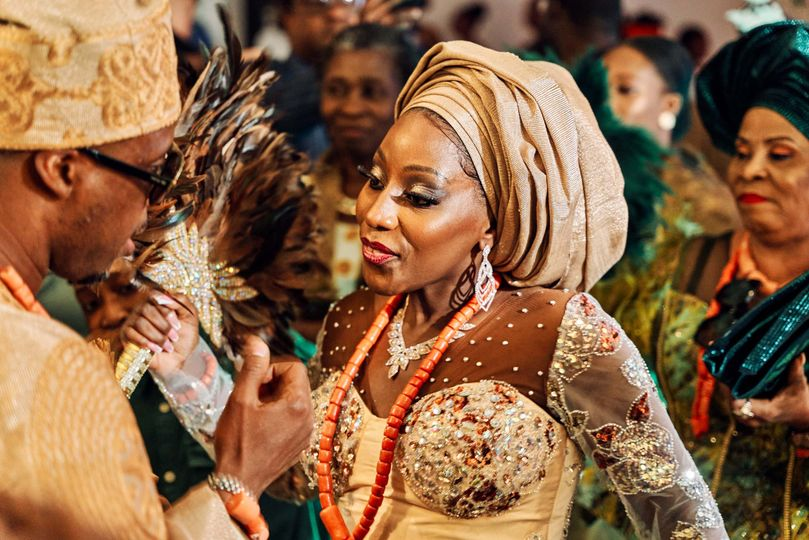 A lively African wedding