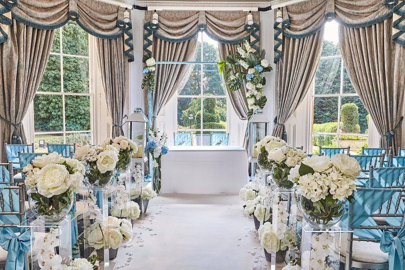 lovely indoor ceremony space 4 278913 161651021254957
