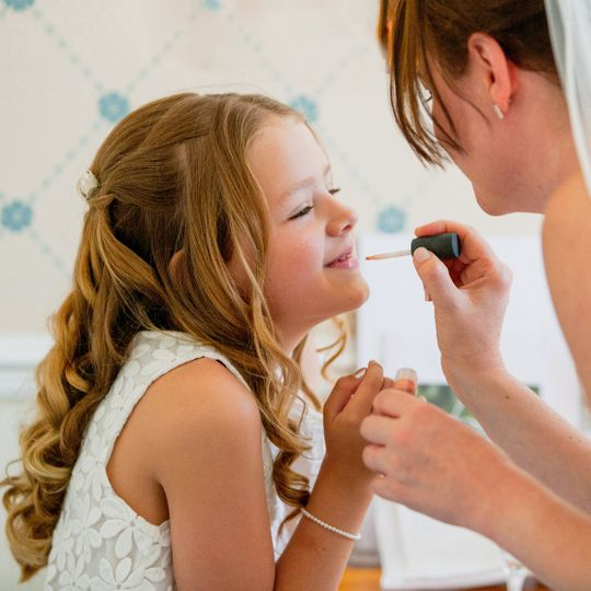 Flower girl makeup - The Wedding Photo Co