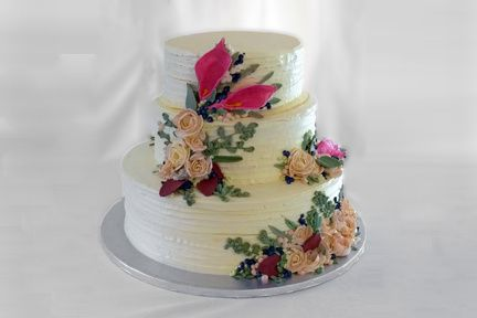 3 tier with pink lilillies