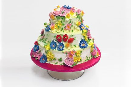 International cake 3 tiers