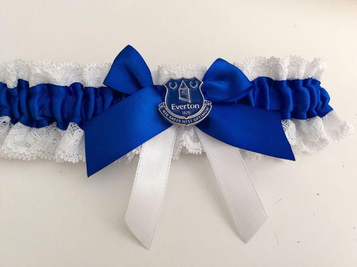 Football theme garter
