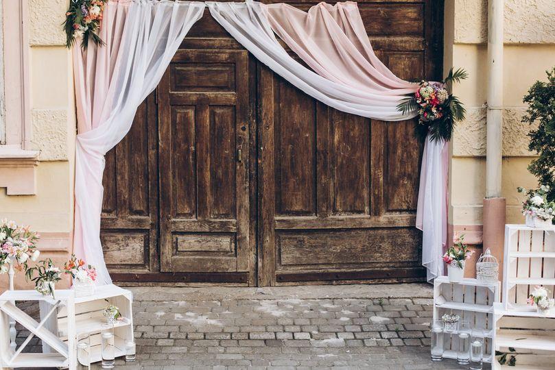 Rustic bridal entrance
