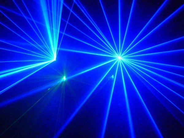 Blue rays of light.JPG