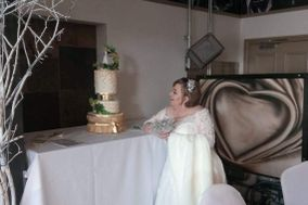 EriVica Cakes