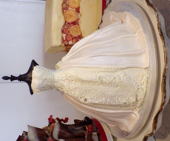 Laced wedding dress cake