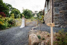 Holly Hollows Weddings